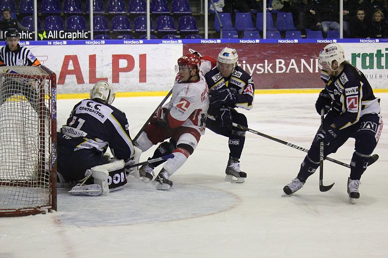 File:Ice hockey 012.jpg