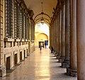 Il portico di Palazzo Vizzani.jpg