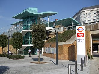 Imperial Wharf railway station - Western (northbound) entrance, 27 September 2009