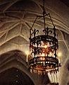 Jäders kyrka Ljuskrona i högkoret.jpg