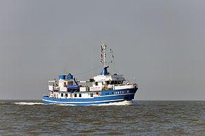 Jan Cux II (ship, 1978) 2012-by-RaBoe 03.jpg