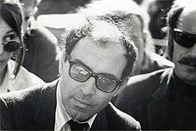 http://upload.wikimedia.org/wikipedia/commons/thumb/8/8f/Jean-Luc_Godard_at_Berkeley,_1968_(1).jpg/220px-Jean-Luc_Godard_at_Berkeley,_1968_(1).jpg