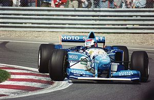 1995 Canadian Grand Prix - Johnny Herbert's Benetton-Renault during qualifying.