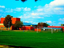 Joseph A. Craig High School - panoramio.jpg
