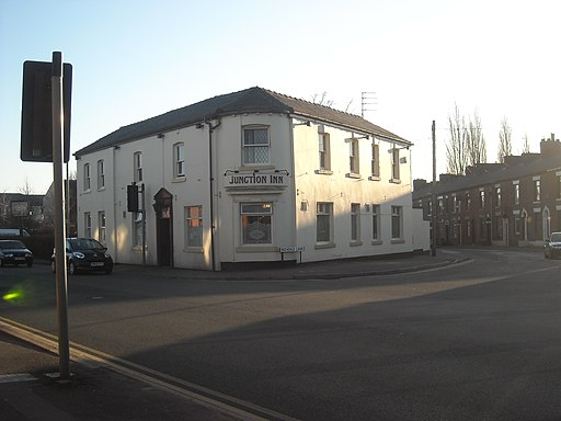 Creative Commons image of The Junction Inn in Oldham