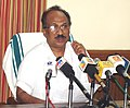 K.V. Thomas addressing a Press Conference following a review meeting regarding the progress of procurement of copra under PSS at Cochin.jpg