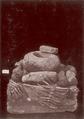 KITLV - 87627 - Isidore van Kinsbergen - sculpture Lenggo near Tjiamis.tif