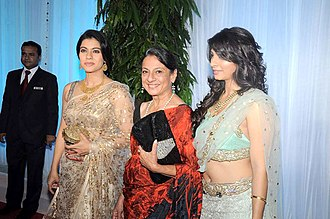 Kajol - Kajol with her mother Tanuja (center) and sister Tanishaa (right)