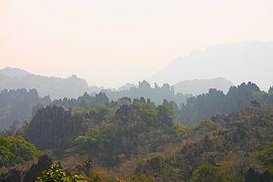 Bolikhamsai Province - Image: Karst