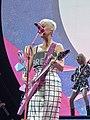 Katy Perry 5 (42287620014).jpg