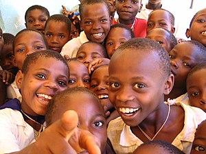Kinderen op een school in Noord Tanzania