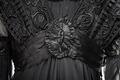 Klänning, detalj. Foto till boken: Ett sekel av dräkt och mode ur de Hallwylska samlingarna - Hallwylska museet - 90110.tif