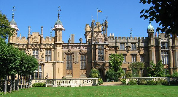 Knebworth House Knebworth W front.JPG