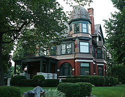 Kneeland-Walker House, a Wauwatosa