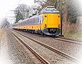 Koplopers 4230 en 4030 bij De Steeg (8619938836).jpg