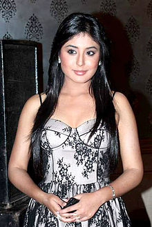 Kritika Kamra at AIAC Golden Achievers Awards.jpg