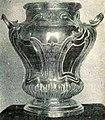 La Coupe en argent massif de la maison Ytasse et Fourneret, remise aux vainqueurs du tournoi de Polo des JO 1900 à Paris.jpg