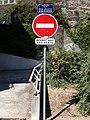 La Mulatière - Quai Jean-Jacques Rousseau - Panneaux.jpg