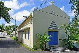 La chapelle St Michel (Dzaoudzi, Mayotte) (34664500772).jpg