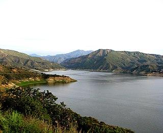 Lake Piru Lake in California