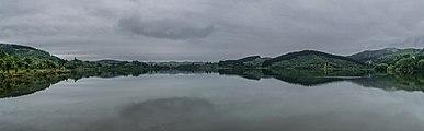 Lake Tutira 04.jpg