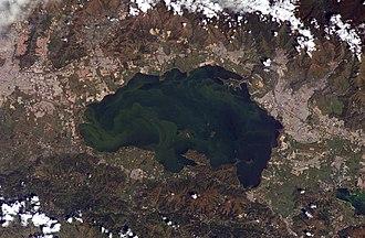 Cordillera de la Costa Central - Lake Valencia, with Cordillera de la Costa Central to the North.