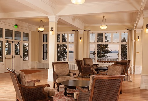 Lake Yellowstone Hotel Lobby (3) (17157976811)