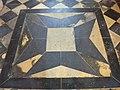Laon, chapelle des Templiers, sol.jpg