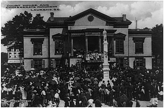 Laurens County Courthouse - Image: Laurens County Court House and Confederate Monument 1910