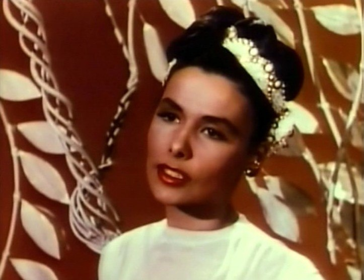 Lena Horne in Till the Clouds Roll By 2