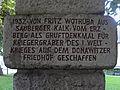 Leoben-Donawitz - Denkmal gegen den Krieg von Fritz Wotruba - Inschrift I.jpg