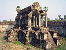 Khmer architecture wikipedia unusually the libraries at angkor wat open to both the east and the west malvernweather Choice Image