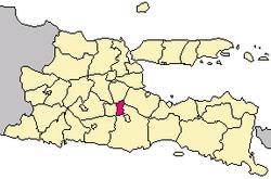 Localização dentro de East Java