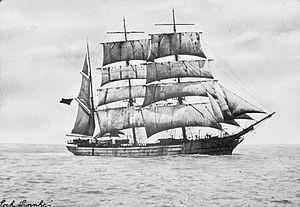 Loch Linnhe (ship, 1876) - SLV H99.220-3471.jpg