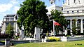 Lodon The Tower Hill memorial is a national war memorial in Trinity Sqnuare Gadens in Tower Hill. - panoramio.jpg