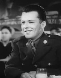 Lon McCallister American actor