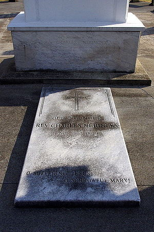 Charles Nerinckx - Father Charles Nerinckx's grave at the Loretto Motherhouse in Nerinx, Kentucky.