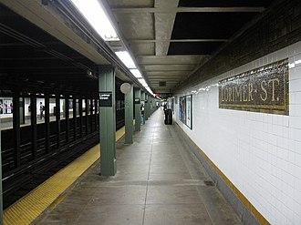Metropolitan Avenue/Lorimer Street (New York City Subway) - Image: Lorimer Street BMT IMG 9155