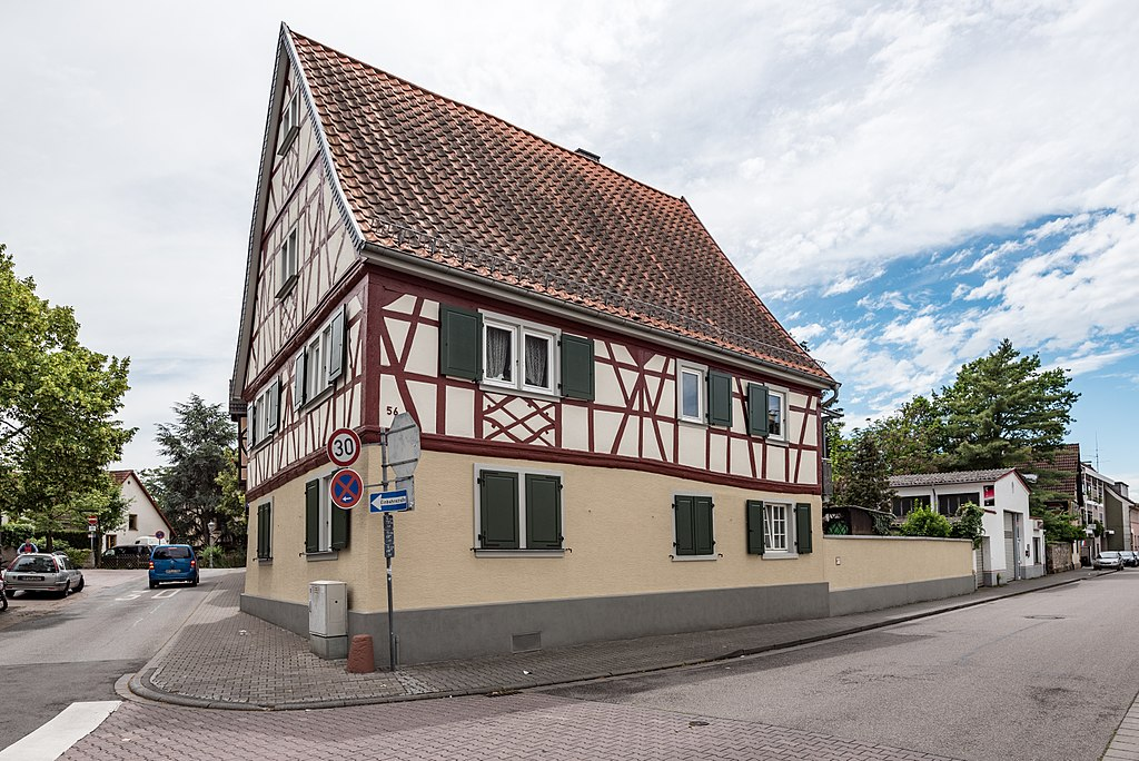 Lorsch, Nibelungenstraße 56 20170609 002
