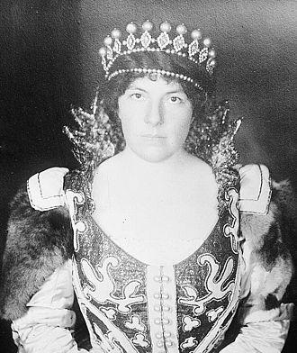 Louise Homer - Louise Homer, on March 19, 1913, as Marina in Boris Godunov