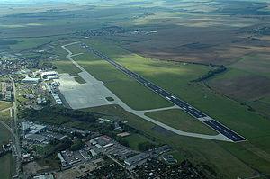 Erfurt–Weimar Airport - Image: Luftbild Flughafen Erfurt