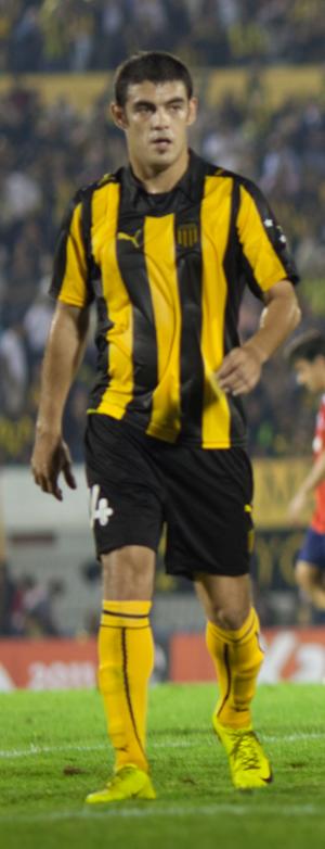 Luis Aguiar - Aguiar playing for Peñarol in 2011