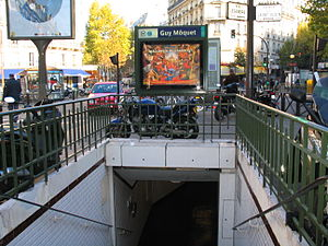 Guy Môquet (Paris Métro) - Image: Métro Guy Môquet 2452