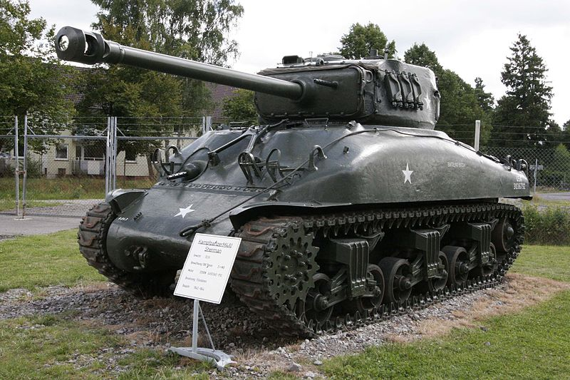 File:M4A1 on Panzermuseum Munster.jpg