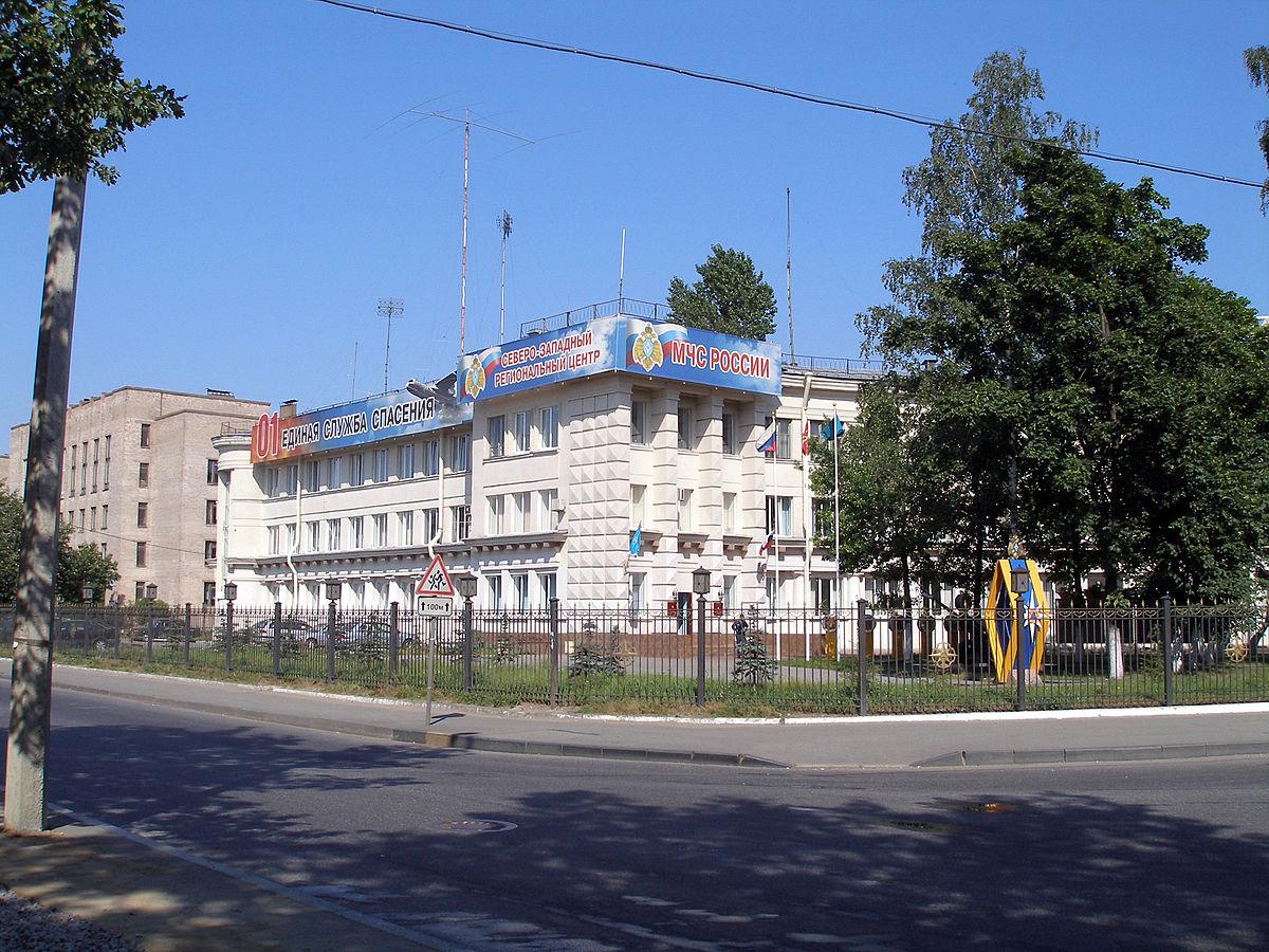 шлюхи Елисеевская