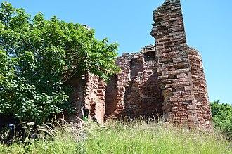 Macduff's Castle - Image: Macduff's Castle 5