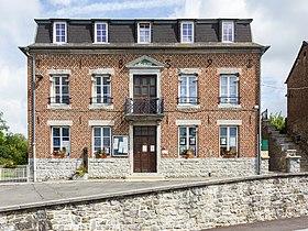 la mairie d'Eppe-Sauvage