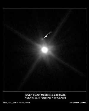 Makemake moon Hubble image with legend.jpg