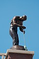 Man at work statue 9 5808.jpg
