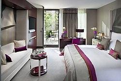 Hotels Near Eiffel Tower Las Vegas
